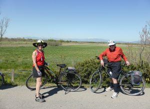 2 persones fent a ruta de la Costa Brava