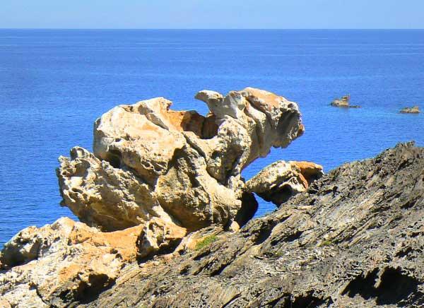 Walking tour in Cap de Creus