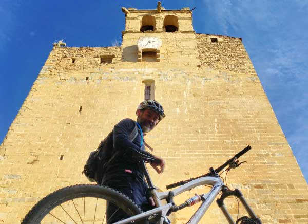 MTB along the medieval villages of the Emporda