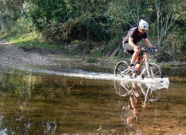 Mountain biking on the Dali's lands