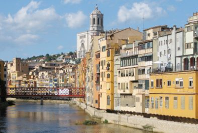 The river's houses and the cathedral of Girona