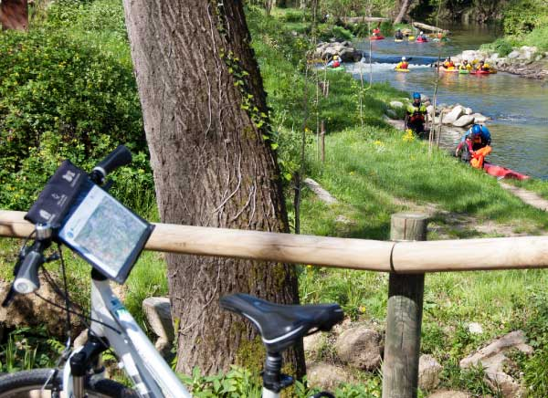 Day trip discovering Girona by bike