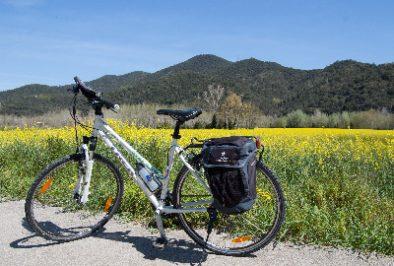 Cycling along the hidden spots of the Emporda