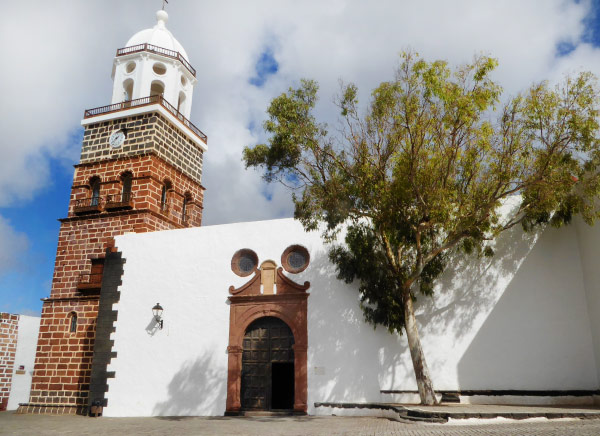 Typical architecture of the Canary Islands