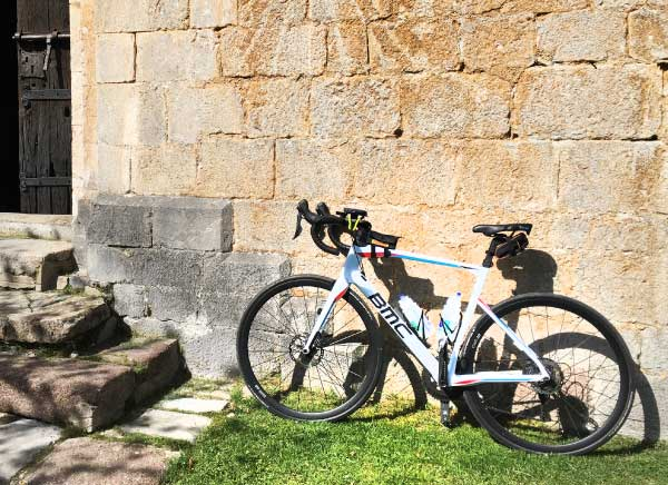 Road bike in the medieval villages